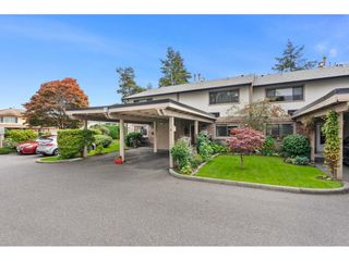 """Photo 1: 8 11451 KINGFISHER Drive in Richmond: Westwind Townhouse for sale in """"West Chelsea"""" : MLS®# R2507030"""