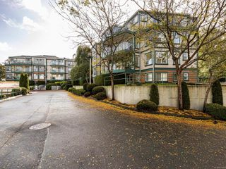 Photo 2: 109 898 Vernon Ave in : SE Swan Lake Condo for sale (Saanich East)  : MLS®# 857244