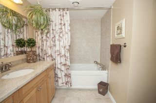 Photo 12: 103 15317 THRIFT Ave in NOTTINGHAM: White Rock Home for sale ()  : MLS®# F1427871