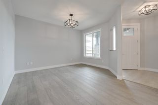 Photo 2: 4708 Charles Bay in Edmonton: Zone 55 House for sale : MLS®# E4175671