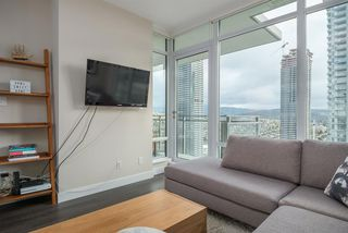 """Photo 7: 3305 2008 ROSSER Avenue in Burnaby: Brentwood Park Condo for sale in """"Solo District"""" (Burnaby North)  : MLS®# R2420827"""