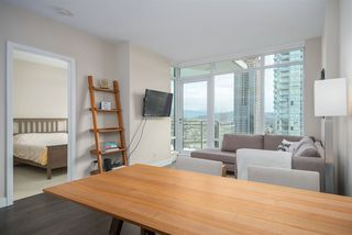 """Photo 5: 3305 2008 ROSSER Avenue in Burnaby: Brentwood Park Condo for sale in """"Solo District"""" (Burnaby North)  : MLS®# R2420827"""