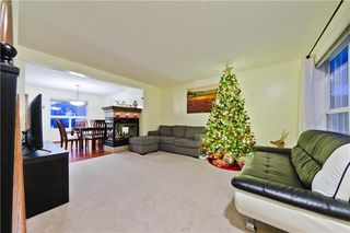 Photo 2: 488 SHANNON SQ SW in Calgary: Shawnessy House for sale : MLS®# C4279332