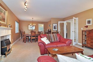 "Photo 4: 3359 198A Street in Langley: Brookswood Langley House for sale in ""Meadowbrook"" : MLS®# R2444395"