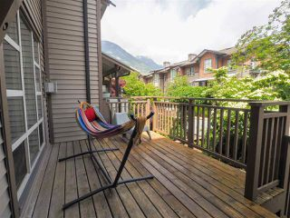 "Photo 18: 1198 VILLAGE GREEN Way in Squamish: Downtown SQ Townhouse for sale in ""Eaglewind"" : MLS®# R2462696"