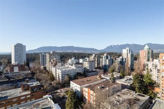 "Photo 15: 1705 1816 HARO Street in Vancouver: West End VW Condo for sale in ""HUNTINGTON PLACE"" (Vancouver West)  : MLS®# R2474541"