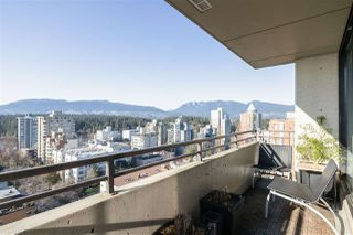 "Photo 3: 1705 1816 HARO Street in Vancouver: West End VW Condo for sale in ""HUNTINGTON PLACE"" (Vancouver West)  : MLS®# R2474541"