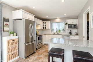 """Photo 10: 20248 93B Avenue in Langley: Walnut Grove House for sale in """"RIVER WYNDE"""" : MLS®# R2488089"""