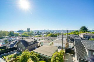 Photo 24: 3240 E 6TH AVENUE in Vancouver: Renfrew VE House for sale (Vancouver East)  : MLS®# R2497948