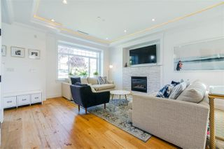 Photo 6: 3240 E 6TH AVENUE in Vancouver: Renfrew VE House for sale (Vancouver East)  : MLS®# R2497948