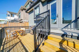 Photo 36: 3240 E 6TH AVENUE in Vancouver: Renfrew VE House for sale (Vancouver East)  : MLS®# R2497948
