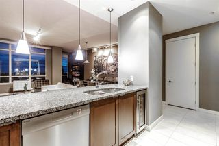 Photo 11: 1801 788 12 Avenue SW in Calgary: Beltline Apartment for sale : MLS®# A1036329