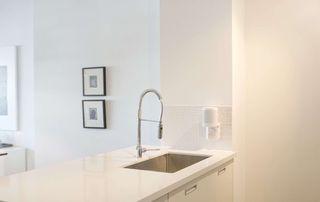 Photo 7: 408 380 Macpherson Avenue in Toronto: Casa Loma Condo for sale (Toronto C02)  : MLS®# C4974992