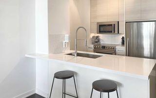 Photo 9: 408 380 Macpherson Avenue in Toronto: Casa Loma Condo for sale (Toronto C02)  : MLS®# C4974992