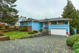 Photo 3: 5483 4 Avenue in Delta: Pebble Hill House for sale (Tsawwassen)  : MLS®# R2514308