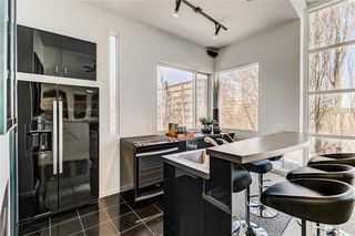 Photo 17: 407 33 Avenue SW in Calgary: Parkhill Detached for sale : MLS®# A1049465