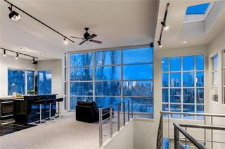 Photo 5: 407 33 Avenue SW in Calgary: Parkhill Detached for sale : MLS®# A1049465