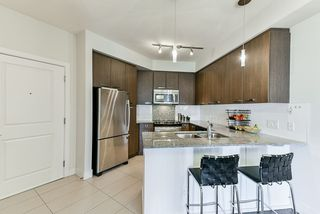 "Photo 5: 219 15956 86A Avenue in Surrey: Fleetwood Tynehead Condo for sale in ""Ascend"" : MLS®# R2397696"