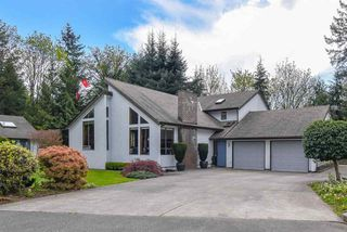 Main Photo: 24354 50TH Avenue in Langley: Salmon River House for sale : MLS®# R2401853