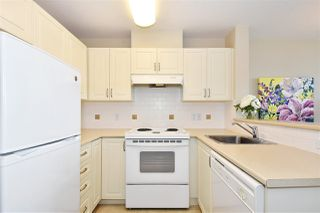 "Photo 8: 707 2799 YEW Street in Vancouver: Kitsilano Condo for sale in ""TAPESTRY AT ARBUTUS WALK"" (Vancouver West)  : MLS®# R2402285"