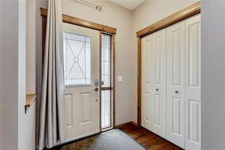 Photo 3: 4474 ELGIN Avenue SE in Calgary: McKenzie Towne Detached for sale : MLS®# C4271475