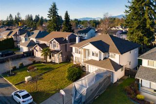 Photo 16: 15561 89A Avenue in Surrey: Fleetwood Tynehead House for sale : MLS®# R2421554