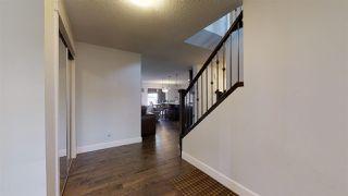 Photo 2: 2869 MAPLE Way in Edmonton: Zone 30 House for sale : MLS®# E4197754