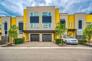 Main Photo: 420 COVECREEK Circle NE in Calgary: Coventry Hills Row/Townhouse for sale : MLS®# C4299856