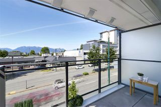 "Photo 11: 210 630 E BROADWAY in Vancouver: Mount Pleasant VE Condo for sale in ""MIDTOWN MODERN"" (Vancouver East)  : MLS®# R2466834"