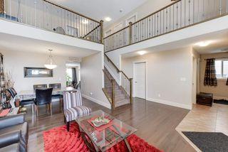 Photo 2: 2112 68 Street in Edmonton: Zone 53 House for sale : MLS®# E4202957