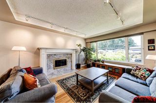 Photo 2: 1576 WESTOVER ROAD in North Vancouver: Lynn Valley House for sale : MLS®# R2470569