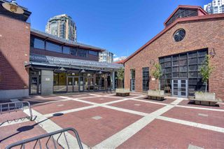 """Photo 35: 105 1383 MARINASIDE Crescent in Vancouver: Yaletown Townhouse for sale in """"COLUMBUS"""" (Vancouver West)  : MLS®# R2478306"""