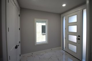 Photo 3: 8025 174A Avenue in Edmonton: Zone 28 House for sale : MLS®# E4207621