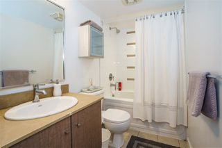 """Photo 16: 906 909 MAINLAND Street in Vancouver: Yaletown Condo for sale in """"YALETOWN PARK"""" (Vancouver West)  : MLS®# R2492754"""