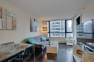 """Photo 6: 906 909 MAINLAND Street in Vancouver: Yaletown Condo for sale in """"YALETOWN PARK"""" (Vancouver West)  : MLS®# R2492754"""