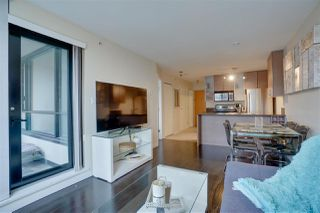 """Photo 19: 906 909 MAINLAND Street in Vancouver: Yaletown Condo for sale in """"YALETOWN PARK"""" (Vancouver West)  : MLS®# R2492754"""