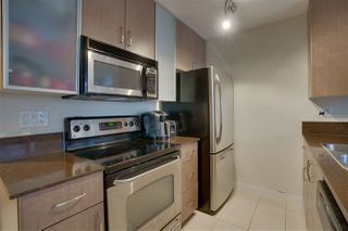 """Photo 8: 906 909 MAINLAND Street in Vancouver: Yaletown Condo for sale in """"YALETOWN PARK"""" (Vancouver West)  : MLS®# R2492754"""