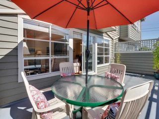 """Photo 8: B2 275 E 4TH Street in North Vancouver: Lower Lonsdale Townhouse for sale in """"BIRCHTREE SQUARE"""" : MLS®# R2497894"""