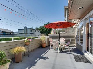"""Photo 7: B2 275 E 4TH Street in North Vancouver: Lower Lonsdale Townhouse for sale in """"BIRCHTREE SQUARE"""" : MLS®# R2497894"""