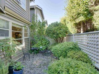 """Photo 3: B2 275 E 4TH Street in North Vancouver: Lower Lonsdale Townhouse for sale in """"BIRCHTREE SQUARE"""" : MLS®# R2497894"""