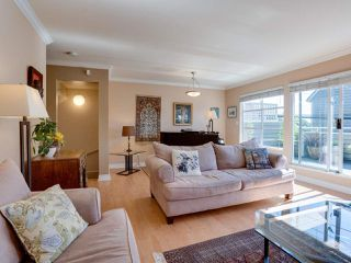 """Photo 5: B2 275 E 4TH Street in North Vancouver: Lower Lonsdale Townhouse for sale in """"BIRCHTREE SQUARE"""" : MLS®# R2497894"""