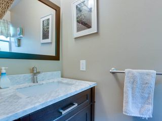 """Photo 10: B2 275 E 4TH Street in North Vancouver: Lower Lonsdale Townhouse for sale in """"BIRCHTREE SQUARE"""" : MLS®# R2497894"""
