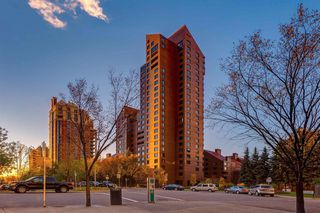 Photo 1: 1302A 500 Eau Claire Avenue SW in Calgary: Eau Claire Apartment for sale : MLS®# A1041808