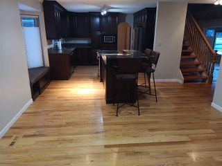 Photo 9: 446 VILLAGE Drive: Sherwood Park House for sale : MLS®# E4221921