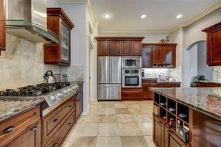 Photo 10: 5027 DONSDALE Drive in Edmonton: Zone 20 Condo for sale : MLS®# E4165434