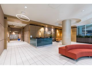 Photo 2: 702 565 SMITHE Street in Vancouver: Downtown VW Condo for sale (Vancouver West)  : MLS®# R2419614