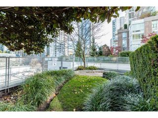 Photo 13: 702 565 SMITHE Street in Vancouver: Downtown VW Condo for sale (Vancouver West)  : MLS®# R2419614
