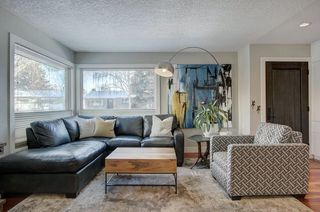 Photo 4: 423 Arlington Drive SE in Calgary: Acadia Detached for sale : MLS®# C4287515