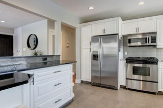 Photo 12: 423 Arlington Drive SE in Calgary: Acadia Detached for sale : MLS®# C4287515