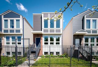 Main Photo: 2516 Grenshaw Street in Chicago: CHI - Near West Side Single Family Home for sale ()  : MLS®# 10714372